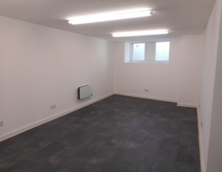 OFFICE UNIT , MAIN STREET KILSYTH, G65