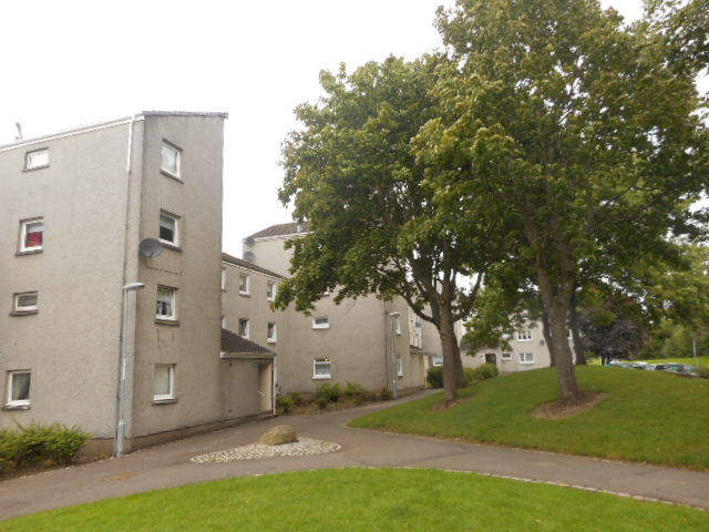 44 Westrae Court, Cumbernauld, G67 1NW