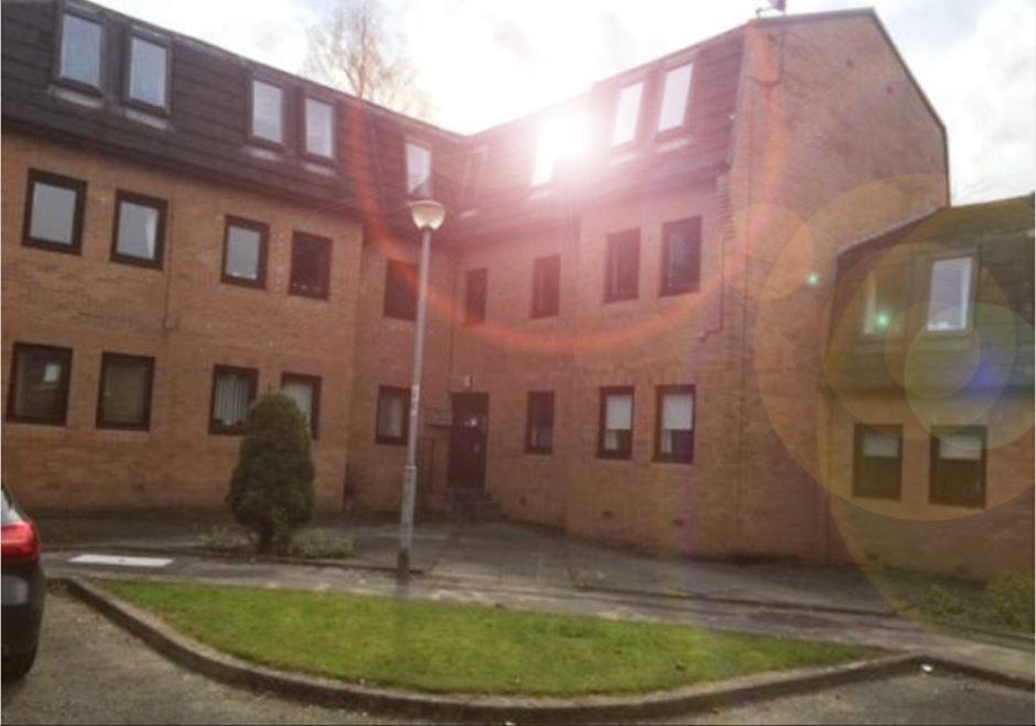 35 Mahon Court, Glasgow, G69 0QE